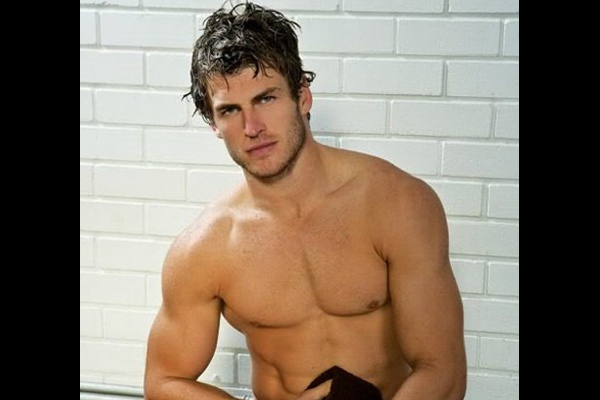Top 10 Best Looking Male Athletes