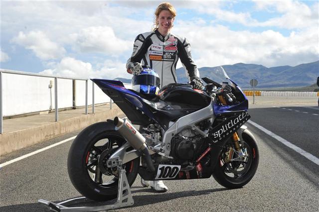 Cafe Racer Female Bikers